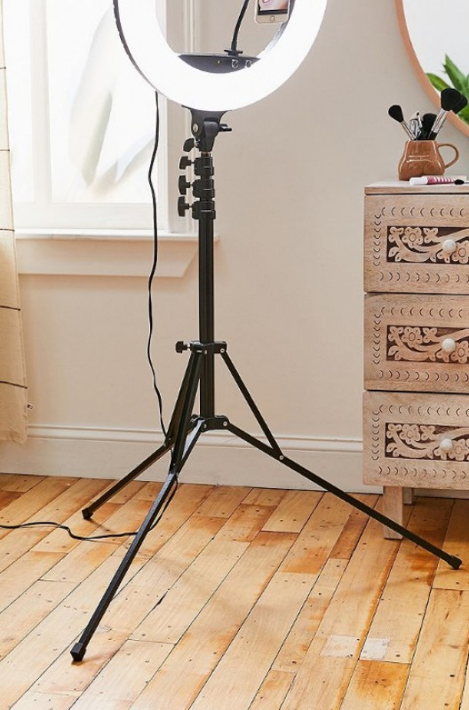 Hover to zoom.  Fotodiox Studio Light Stand