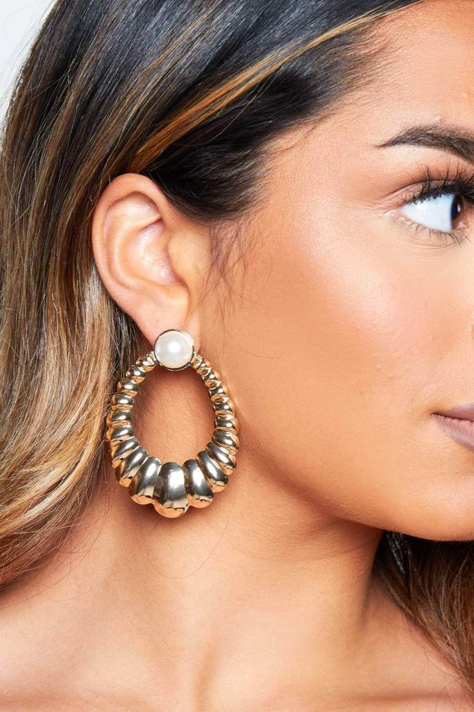 Gold Textured & Pearl Earrings